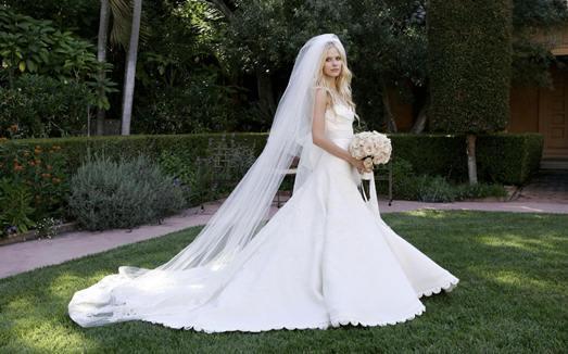 Семейное свадебное платье