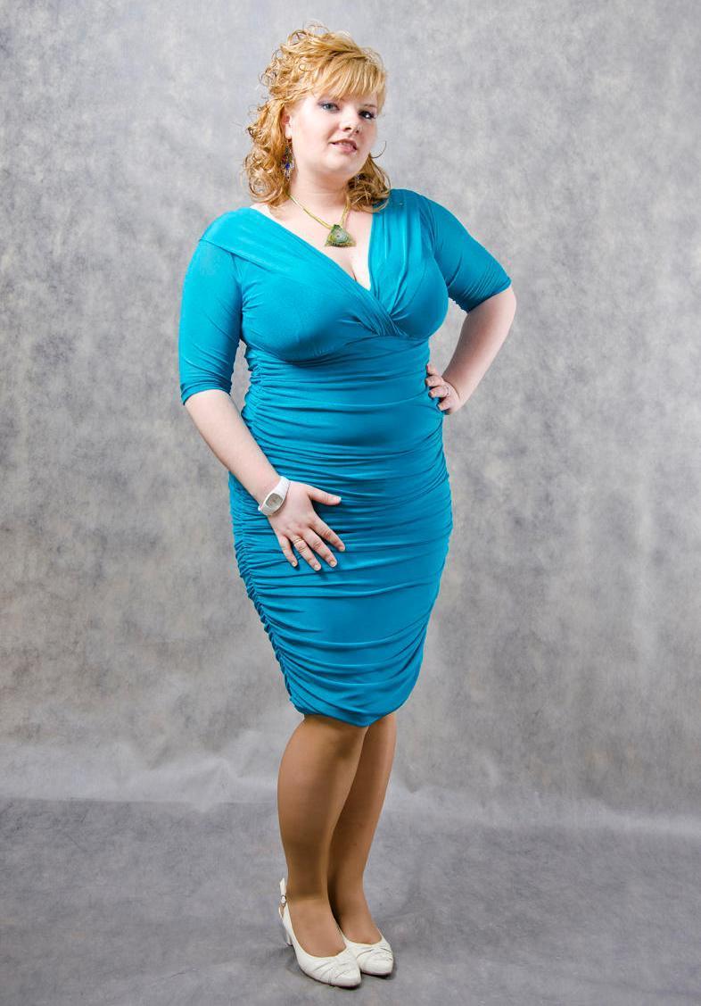 Платье для полной женщины за 40