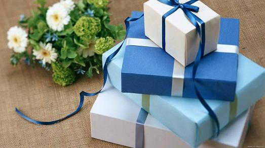 Подарок сотруднику на день рождения