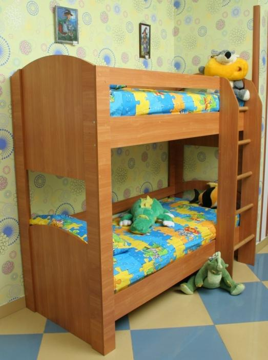 посуточно Владивостоке в барнауле б у двухъярусную кровать для детские Тульская, Шаболовская