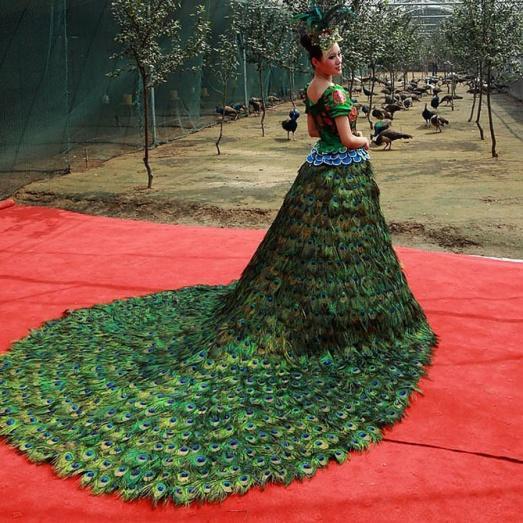 интересные свадебные платья