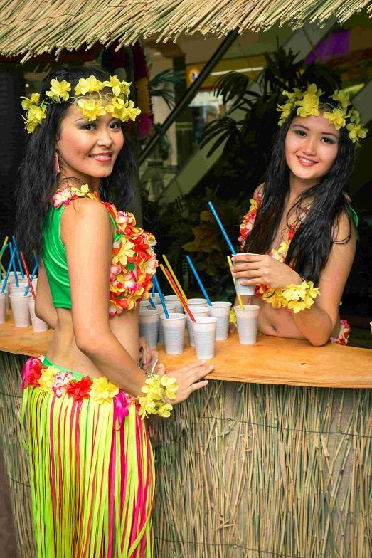 Гавайские праздники. Гавайская вечеринка. Гавайская магия. Гаваи ( кухня, танцы, мода ). - Страница 2 Idealnaya-gavayskaya-vecherinka-fotografii