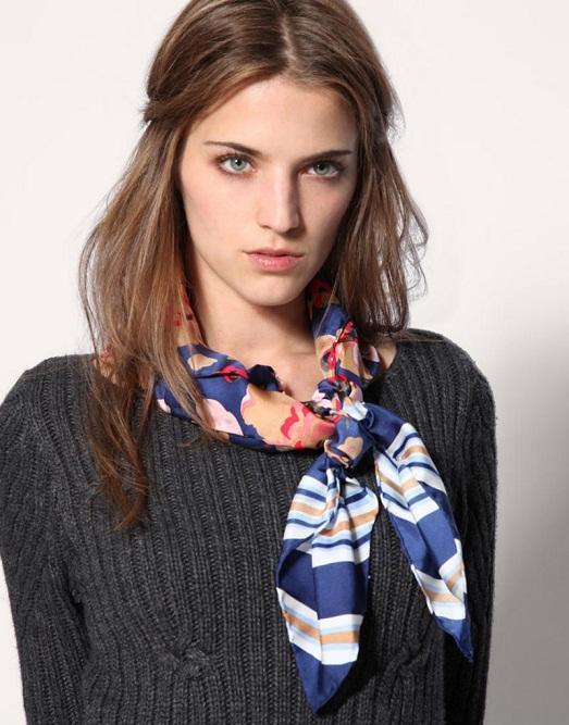 Как красиво завязать шарф на шее? - YouTube