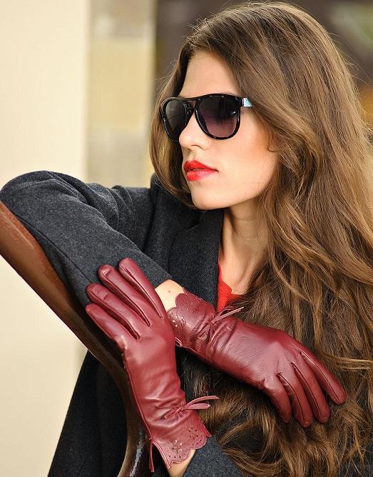 Лучшие фото девушек в кожаных перчатках фото 145-922