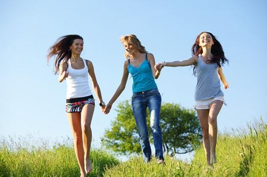 Найти друзей реально