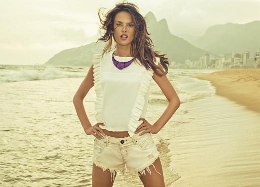 белые стильные шорты фото