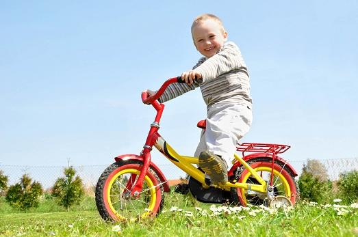 how to pick up a baby bike Photo