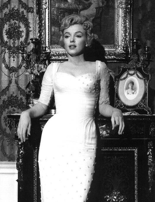 Мерилин Монро имела идеальные пропорции по мнению мужчин.