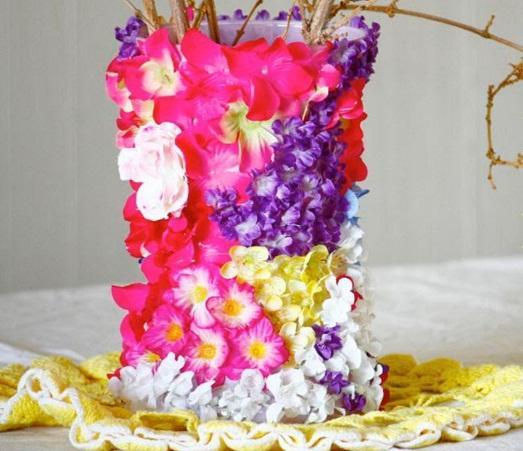 Яркая ваза