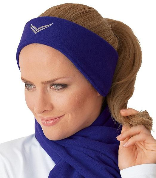 Одного цвета с шарфом