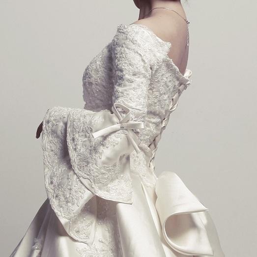 Рукава в платье могут быть королевскими