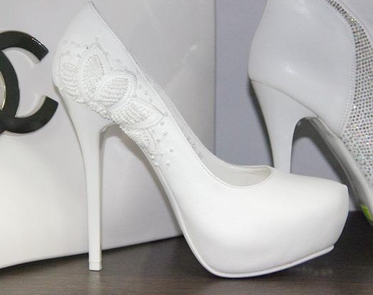Шикарная свадебная обувь