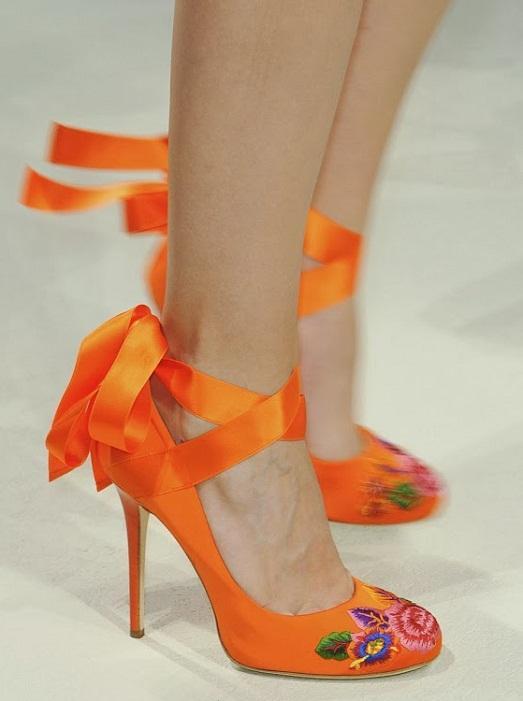 Яркая обувь для смелых девушек
