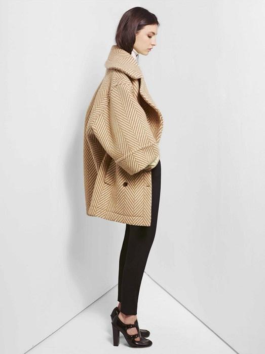 Главное научиться комбинировать пальто с другими вещами