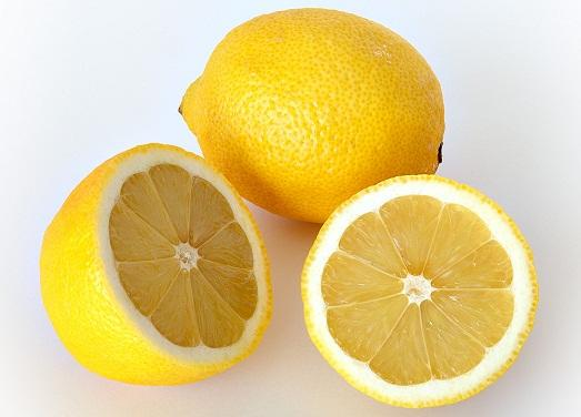 Лимон поможет вернуть чистоту вашим вещам