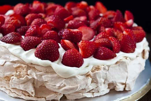Fruit and meringue is a masterpiece