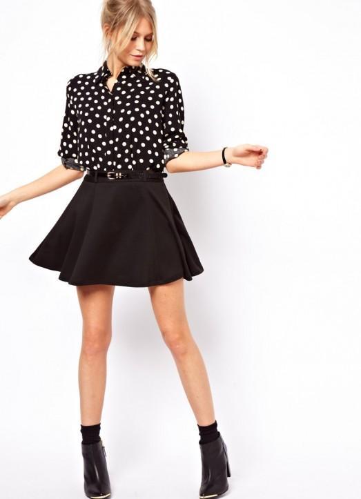 Как носить черную юбку колокол