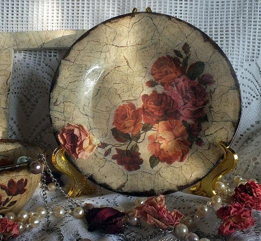 Оригинальное украшение посуды