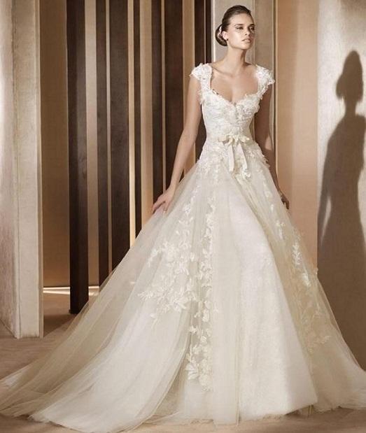 Шикарный свадебный наряд