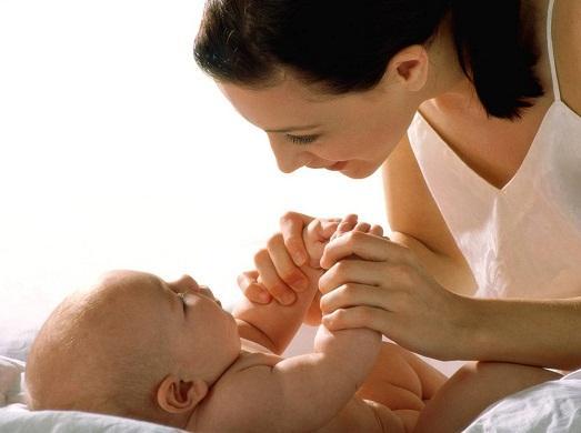 Между мамой и малышом есть связь