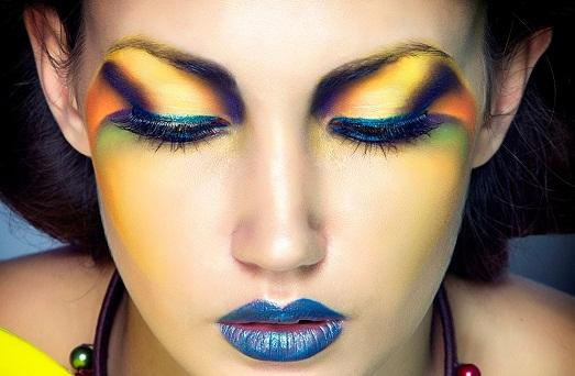 Сочный макияж