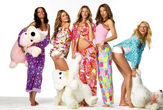 У них есть пижамы