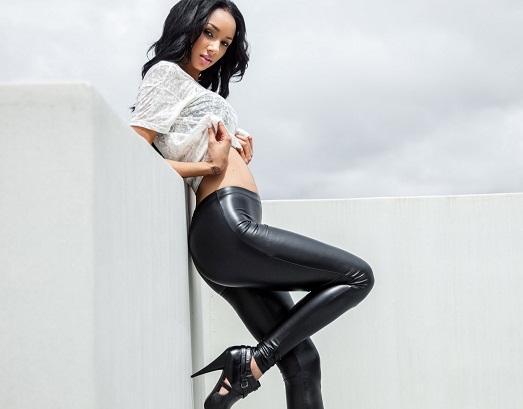 Черные брюки – учимся носить по-новому (11 фото)