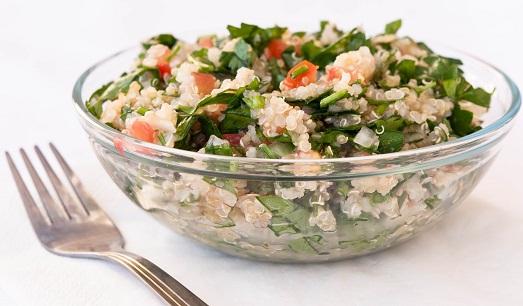 Хороша в салате