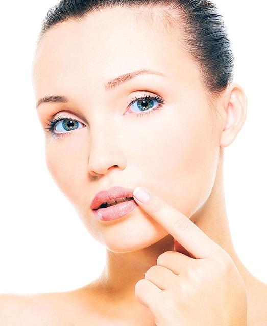 Как быстро убрать герпес на губе?