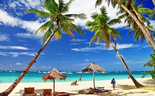 Белоснежный пляж