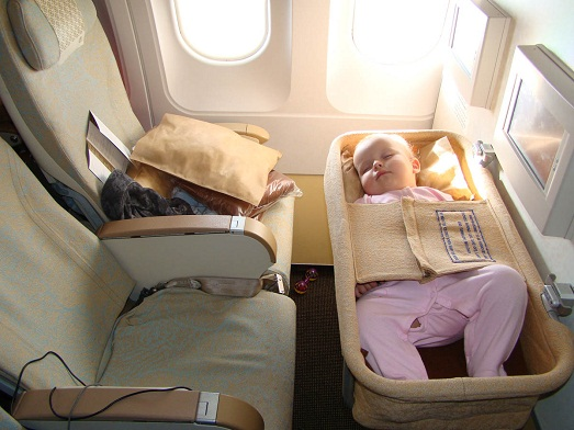 Чем заняться в самолете во время полета?