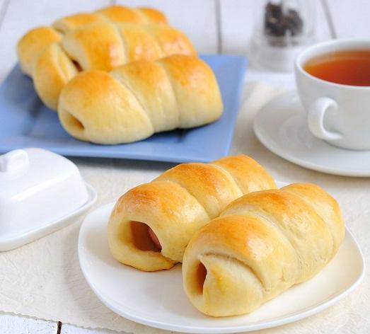 Сосиски в тесте – приготовим вкусно и просто