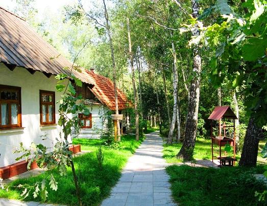 """Ethno-complex """"Ukrainian village"""""""