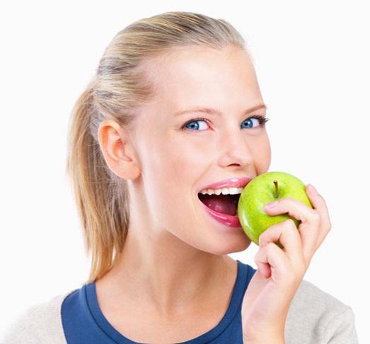 Его много в яблоках
