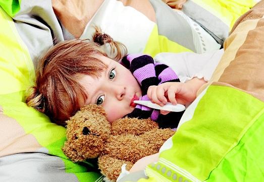 Как лечить ангину у маленького ребенка?