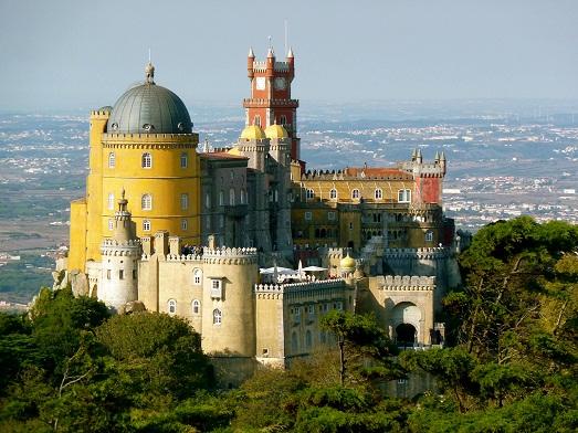 Топ 10 самых знаменитых замков в мире (10 фото)