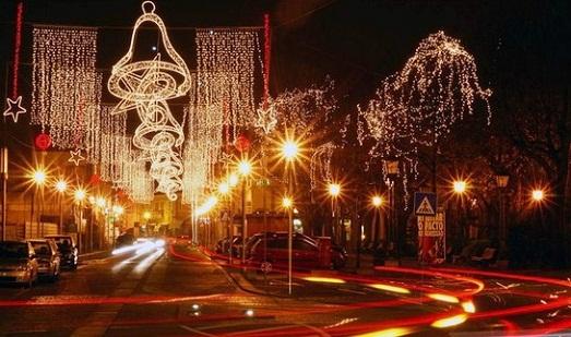 Many lights