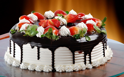 Как правильно приготовить глазурь для торта