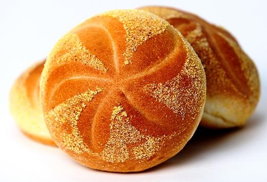 Как приготовить ароматные и пышные булочки?