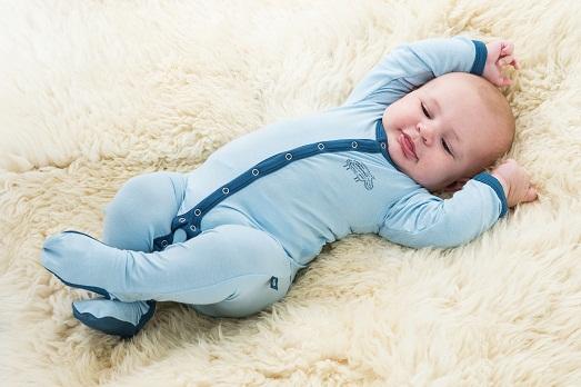Какой должна быть одежда для деток возрастом до года?