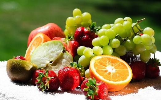 Кушайте фрукты
