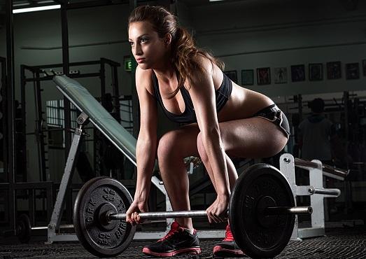 Правила выполнения становой тяги для женщин