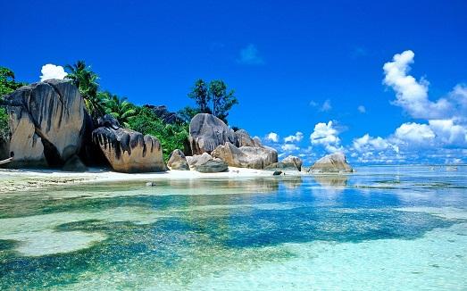 Топ 10 самых любимых туристами островов (10 фото)