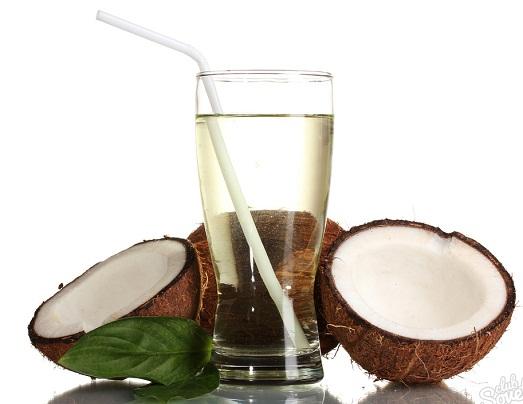 Кокосовая вода — необычный и полезный напиток