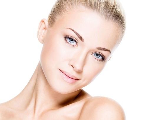 Как сделать ровный тон лица косметикой? 33