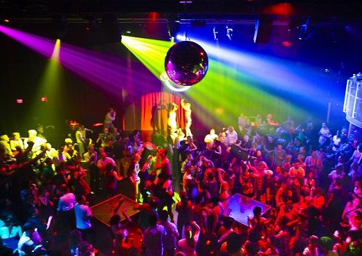10 самых популярных ночных клубов в Европе
