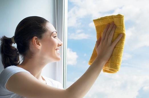 Как нужно ухаживать за пластиковыми окнами?