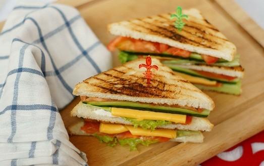 Как приготовить сэндвич дома