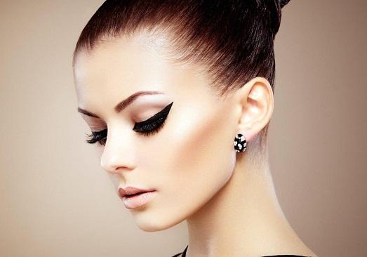 Какие существуют виды стрелок в макияже?