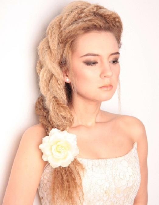 Прическа гофре на средние волосы